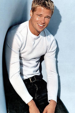 m1-iPhone-Brad-Pitt-background-iPhone-wallpaper