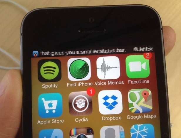 TinyBar tweak Cydia iOS 7-Info iDevice