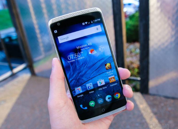 smartphone zte axon 4g edition internationale-infoidevice