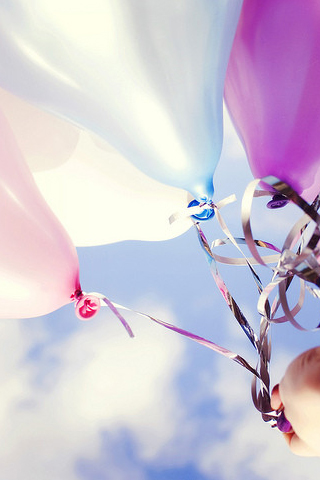 Balloons-HD-iPhone-Wallpaper