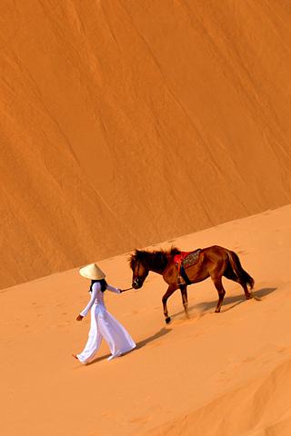 Desert-Nomad-by-Hengky