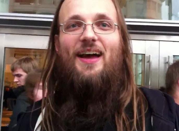 photo de Jay Freeman, connu sous le nom de Saurik, il est le développeur de l'application Cydia