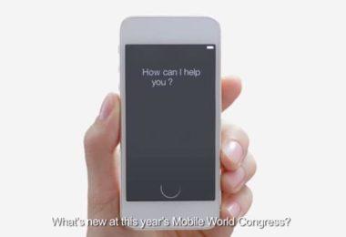 photo de la vidéo Huawei utilisant l'iPhone et Siri