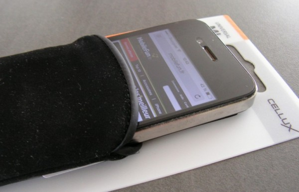 test pochette pour iPhone cellux en microfibre MobileFun