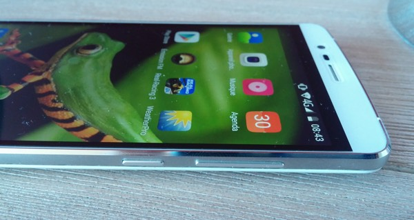 boutons volume et power elephone p8000-infoidevice