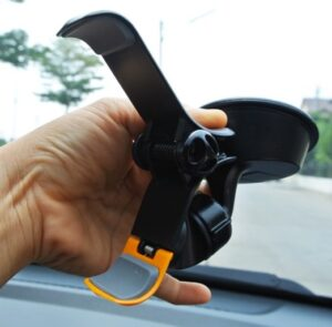 support voiture pour grand smartphone-infoidevice