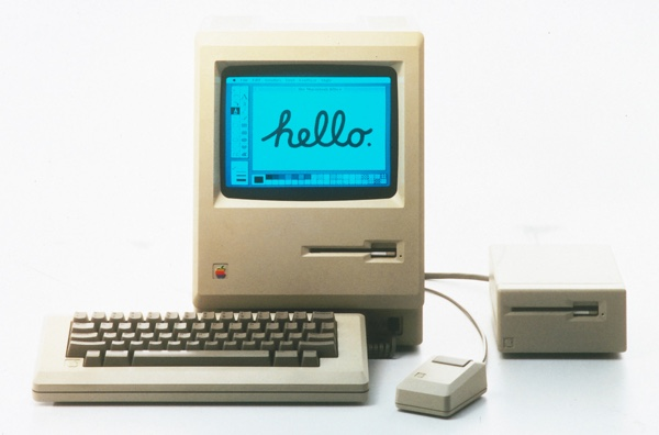 apple-hello-mac-1984-infoidevice