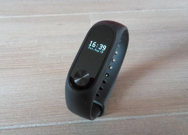 test-smartband-xiaomi-miband-2-infoidevice