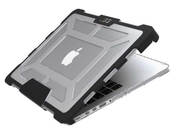 acces-port-usb-coque-uag-macbook-pro-infoidevice